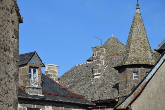 Hotel Saluces: vue sur les toits de Salers