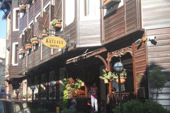 Artefes Hotel Istanbul: Entrance