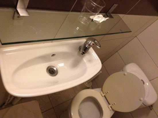 HO36 Opera: Salle de bains
