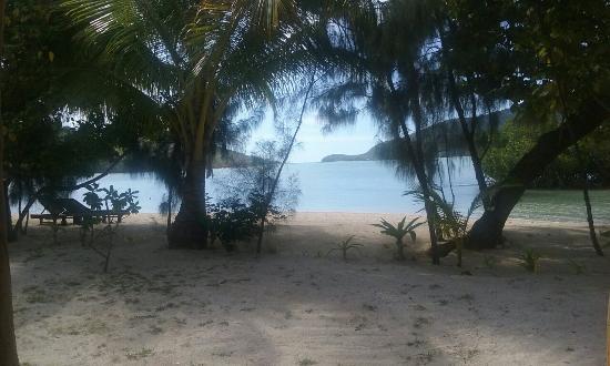 Navutu Stars Fiji Hotel & Resort: Our holiday: tranquil, serene, beautiful, breathtaking - Navutu Stars. Thanks