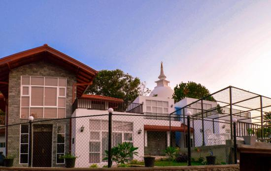 Villa Baywatch