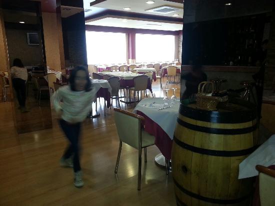 Restaurante duque ii malagon ciudad real hay un duque 1 fotograf a de hotel estados del - El olivar de albarizas ...