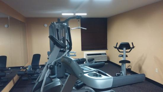 Best Western Luxbury Inn Fort Wayne: Gym