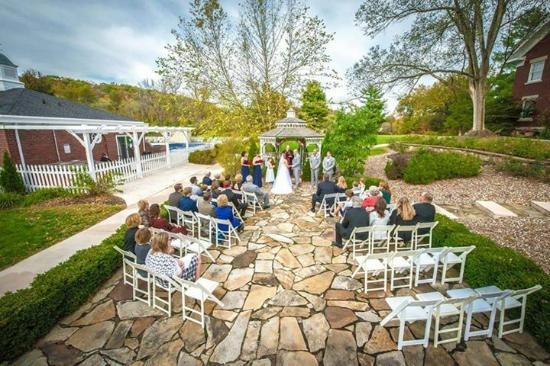 Inn on Crescent Lake: the beautiful ceremony