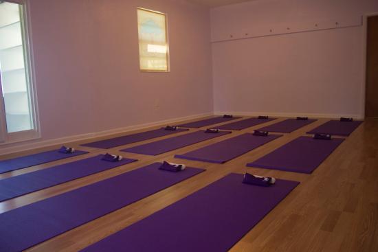 BodyWisdom Yoga