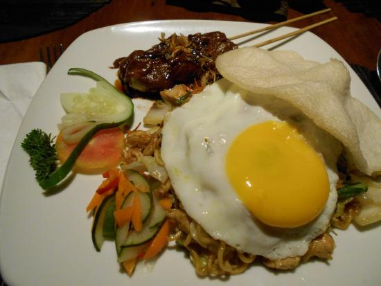 ‪‪Cat & Fiddle‬: Mie Goreng Ayam‬