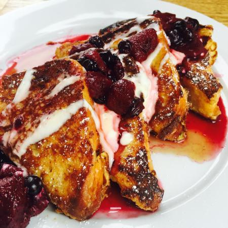 Special: Mile & Olive Brioche French Toast $13.50