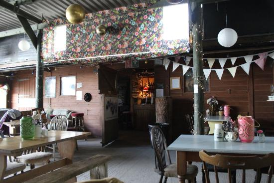 St. Mawgan, UK: The stable bar at Scott and Babs