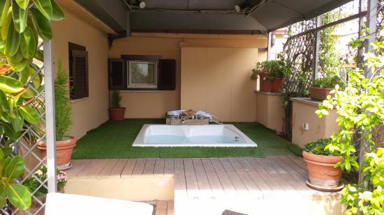 Barocco Hotel Incredible Private Hot Tub