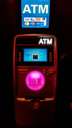 Four Points by Sheraton Midtown - Times Square : ATM in the hotel