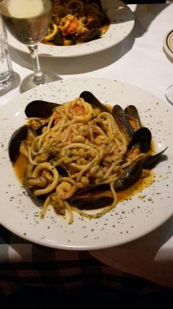 Gino's Italian Restaurant