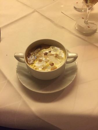 Karben, Deutschland: Fillet steak is incredible and the pumpkin soup special was amazing