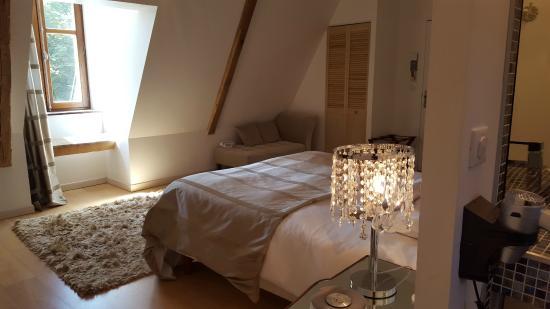 Chambre Art Déco - Photo de Hotel Chateau le Sallay, Saincaize ...