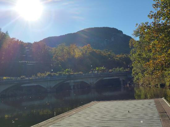 Lake Lure, Carolina del Norte: 20151030_161659_large.jpg