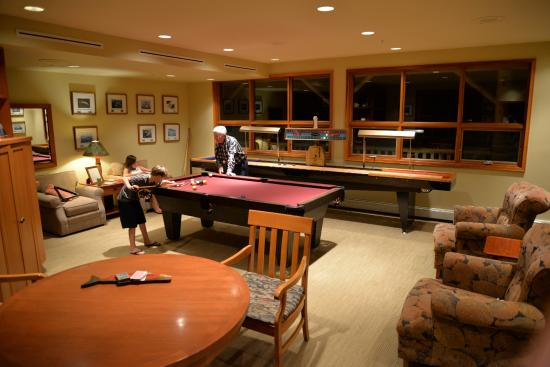 King Pacific Lodge : Games Room
