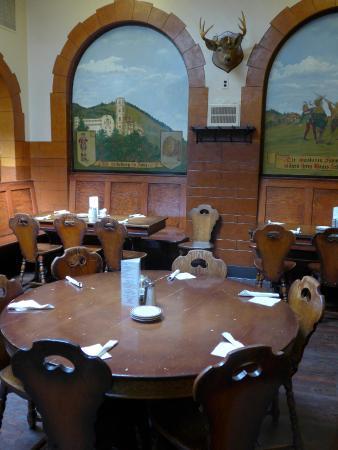 Historic dakota inn rathskeller detroit picture of for Cuisine 670 lothrop detroit