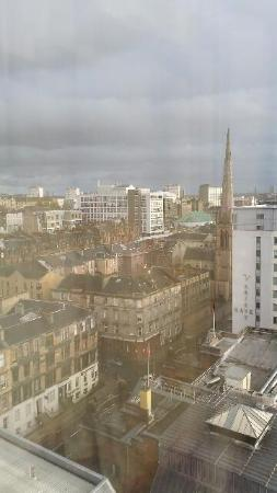 Premier Inn Glasgow City Centre (Charing Cross) Hotel: View from our room on 12th floor (day time)