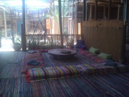 Desert Routes Inn - Shvilim Bamidbar: Общий зал