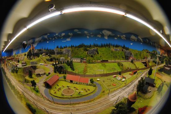 Rail City : Зал