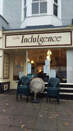 Indulgence Cafe: Travelers.  Good stuff and great service.