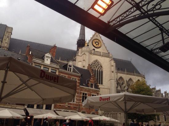 De Lyrique: Вид из ресторана, если сидишь за столиком