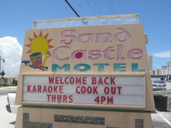 Sand Castle Motel: Family and Friends Welcome