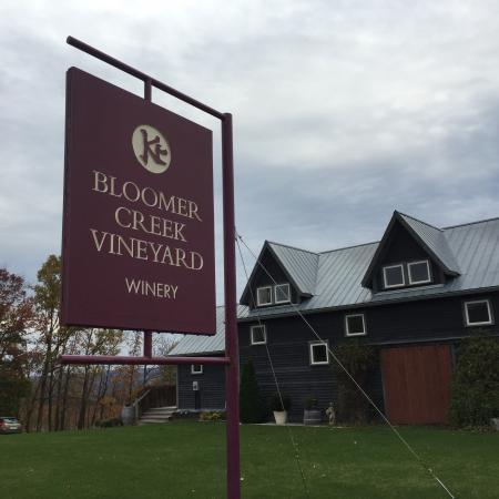 Hector, NY: Bloomer Creek Vineyard