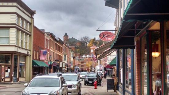 the town of galena ten miles away but worth the scenic
