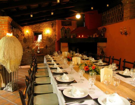Villa Ganz: Dining