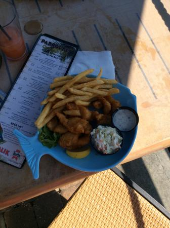 Parrot Key Caribbean Grill: Fish and chips