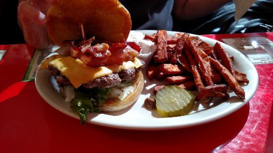 Herkimer, NY: Burger, sweet potato fries