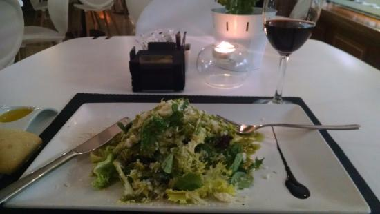 Amayra: salada verde