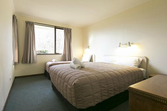 Wanaka Kiwi Holiday Park & Motels: One bedroom-Full kitchen