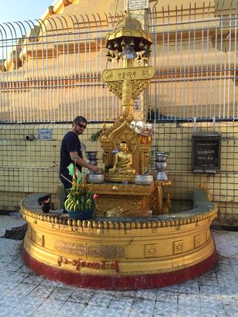 "Botahtaung Pagoda: ""GOT MY BIRTHDAY RITUAL"""