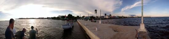 Corozal, Belice: pier view