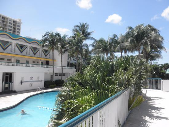 North Bay Village, فلوريدا: La piscina