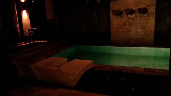 Bali Prime Villas: Pool View Night Time