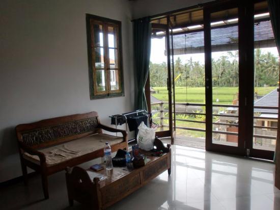 Coco Balibali: 窓は大きいがテラスはほぼなし