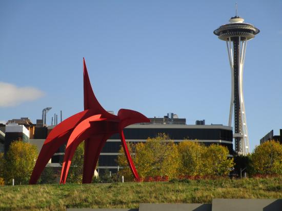 Calder And The Space Needle Picture Of Olympic Sculpture