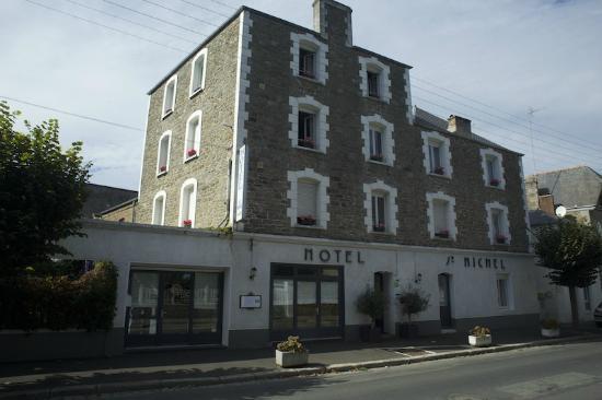 Bar picture of hotel saint michel dinard tripadvisor for Hotels dinard