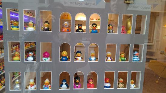 Hasil gambar untuk amsterdam duck store