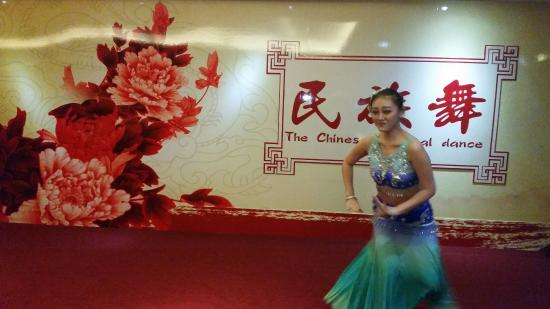 La Perle International Hotel: Entertainment during the Canton fair period