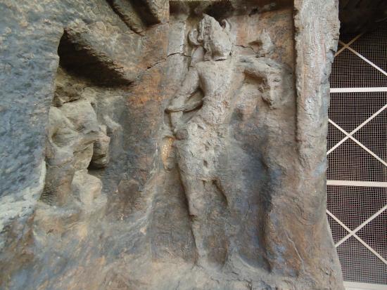 mogalarajapuram-caves.jpg (550×413)