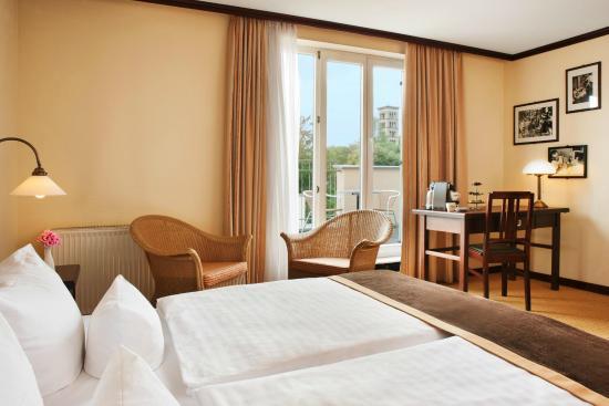 Steigenberger Hotel Sanssouci: Deluxe Doppelzimmer mit Balkon