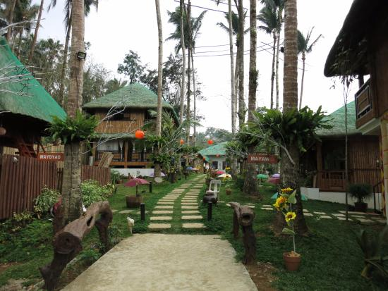 Lucban, Philippines: View of the resort from behind the reception area
