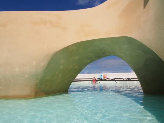 Развлекательный комплекс Лаго Мартианес: мелкий бассейн