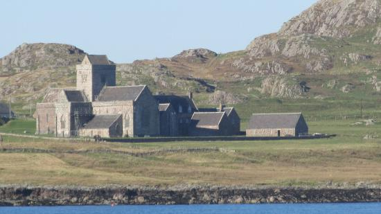 Ross of Mull : Iona Abbey