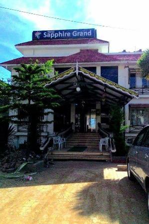 Hotel Sapphire Grand : FB_IMG_1446377512723_large.jpg