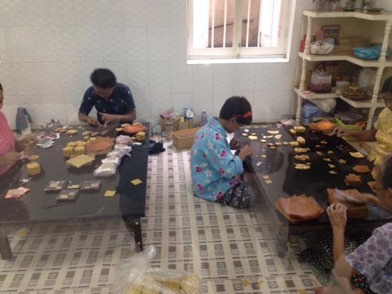 King Galon Gold Leaf Workshop: photo0.jpg