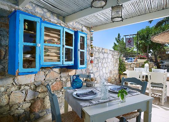 Irida Chic Boutique Hotel & Spa: PARASTIES Restaurant